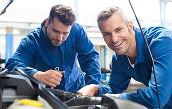 About Us Car Service Amp Mechanic Bob Watson Service Centre